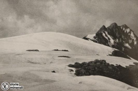 classificazione ghiacciai alpini - ardito desio - vedretta delle pietre rosse - ghiacciaio di pianoro o vetta
