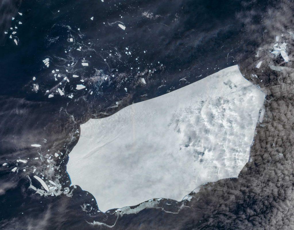 iceberg - a68 - georgia meridionale - oceano meridionale